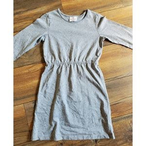 Hannah Andersson Size 130 Gray LS Dress